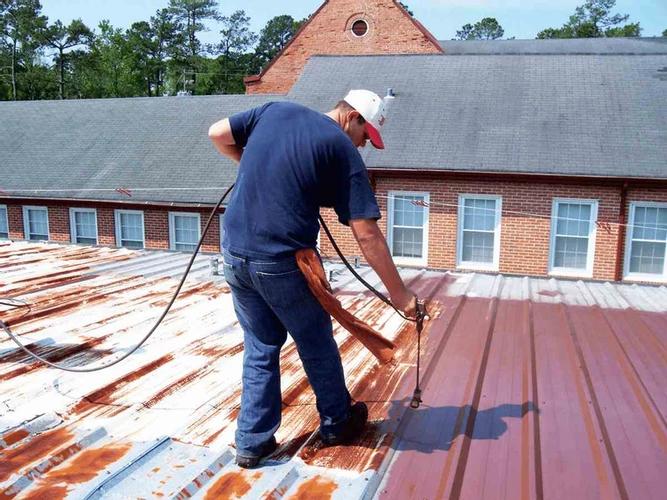 """Sử dụng """"sơn chống rỉ"""" cho mái tôn"""