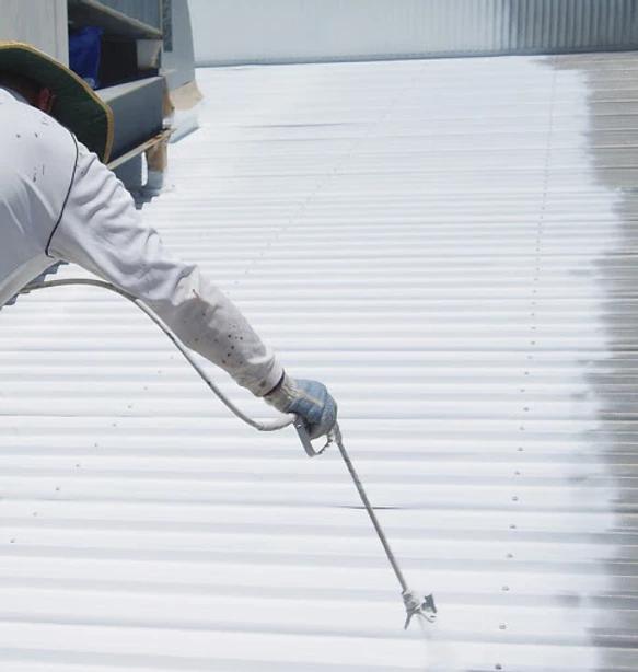 Phủ lớp bảo vệ cho mái tôn