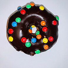 Chocolate Ring with M&M's