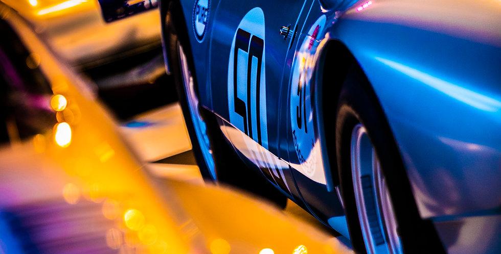 Porsche World  (Cat. Nr 7186)