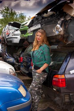 Car Graveyard 2    (Cat N° 6890)
