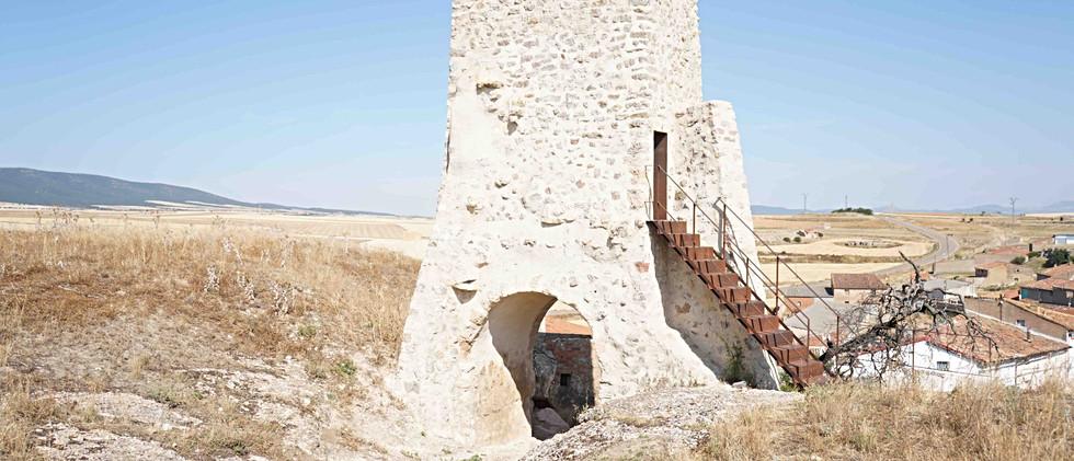 Torre defensiva / Defensive tower