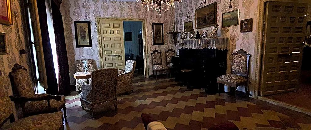 Salón decoración Siglo XIX. / 19th century living room