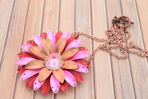Red and Pink Metal Flower Pendant Necklace