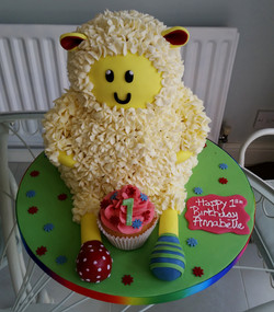 1st Birthday Sheep cake