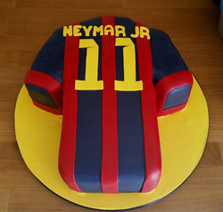 cake-birthday-footballshirt