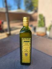 これぞ100%ピュアのorganic olive oil!