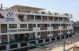 مركب نايل كروز سوبريم الرحلات النيلية مر
