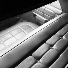 Intérieur de Plymouth Valiant 1968. Véhicule appartenant à la sellerie ISCT. Il sera visible dans divers événements Old-timer, américaines, etc.