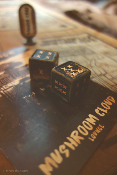 Wasteland Clue Dice and Card