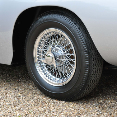 Aston_Martin_DB6_3280_1 (14).jpg