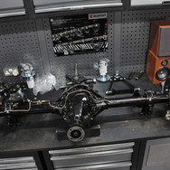 Aston_Martin_DB6_Assembly_3280_0892.jpg