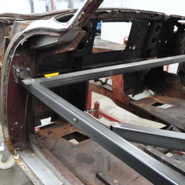 Aston_Martin_DB5_1575_S2_0350.jpg