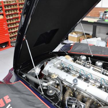 Aston_Martin_DB6_3240_AAA3 (8).jpg