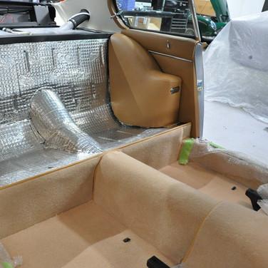 Aston_Martin_DB6_3240_AAA4 (7).jpg