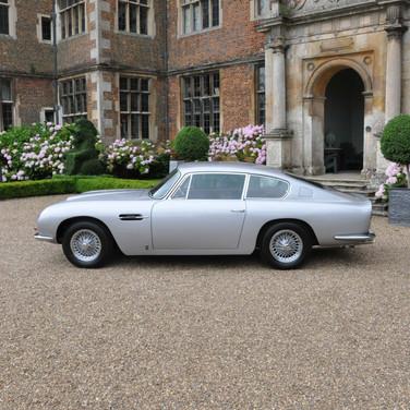 Aston_Martin_DB6_3280_1 (4).jpg