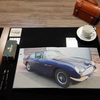 Aston Martin DB6 Photobook 3.jpg