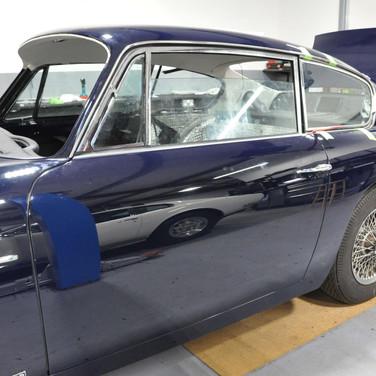Aston_Martin_DB6_3240_AAA3 (3).jpg