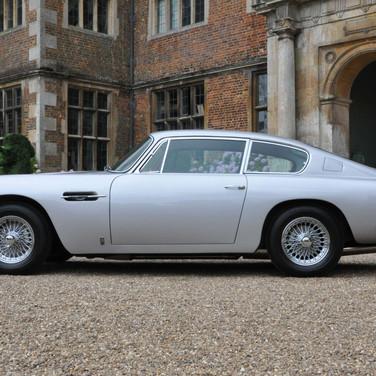 Aston_Martin_DB6_3280_1 (2).jpg