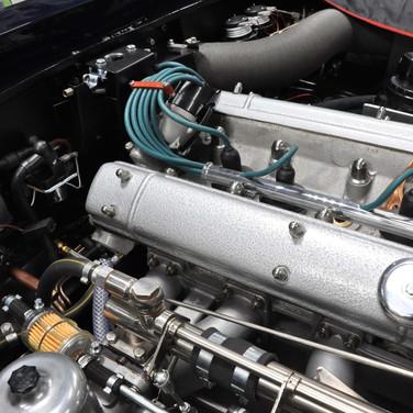 Aston_Martin_DB6_3240_AA1 (6).jpg