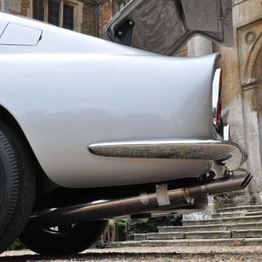 Aston_Martin_DB6_3280_1 (13).jpg