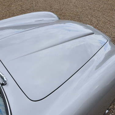 Aston_Martin_DB6_3280_1 (29).jpg