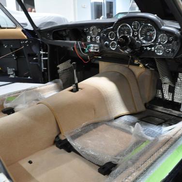 Aston_Martin_DB6_3240_AAA5 (8).jpg
