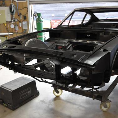 Aston_Martin_DBSV8_10165_F6 (5).jpg