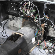 Aston_Martin_DB6_Assembly_3280_0882.jpg