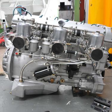 Aston_Martin_DB6_3240_E1 (8).jpg