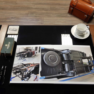 Aston Martin DB6 Photobook 4.jpg