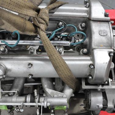 Aston_Martin_DBS_5634_E1 (1).jpg