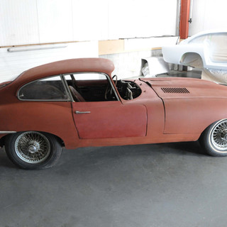 1962_Jaguar_E_Type_Series_1_3 (1).jpg