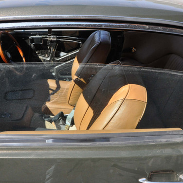 Aston_Martin_DBS_5634_S1 (47).jpg