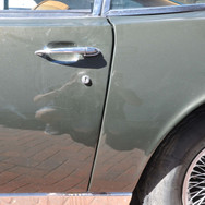 Aston_Martin_DBS_5634_S1 (49).jpg
