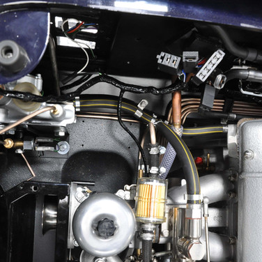 Aston_Martin_DB6_3240_A9 (9).jpg