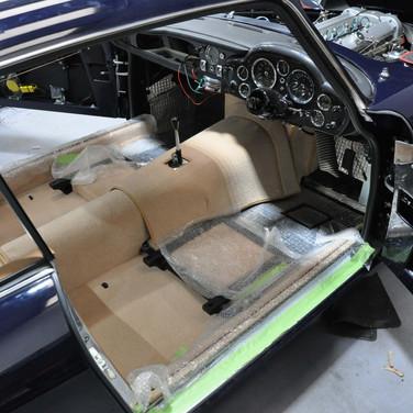 Aston_Martin_DB6_3240_AAA4 (6).jpg