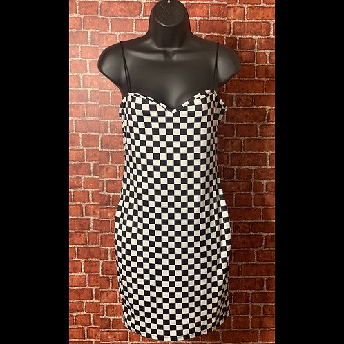 Black&White Checkered Dreas