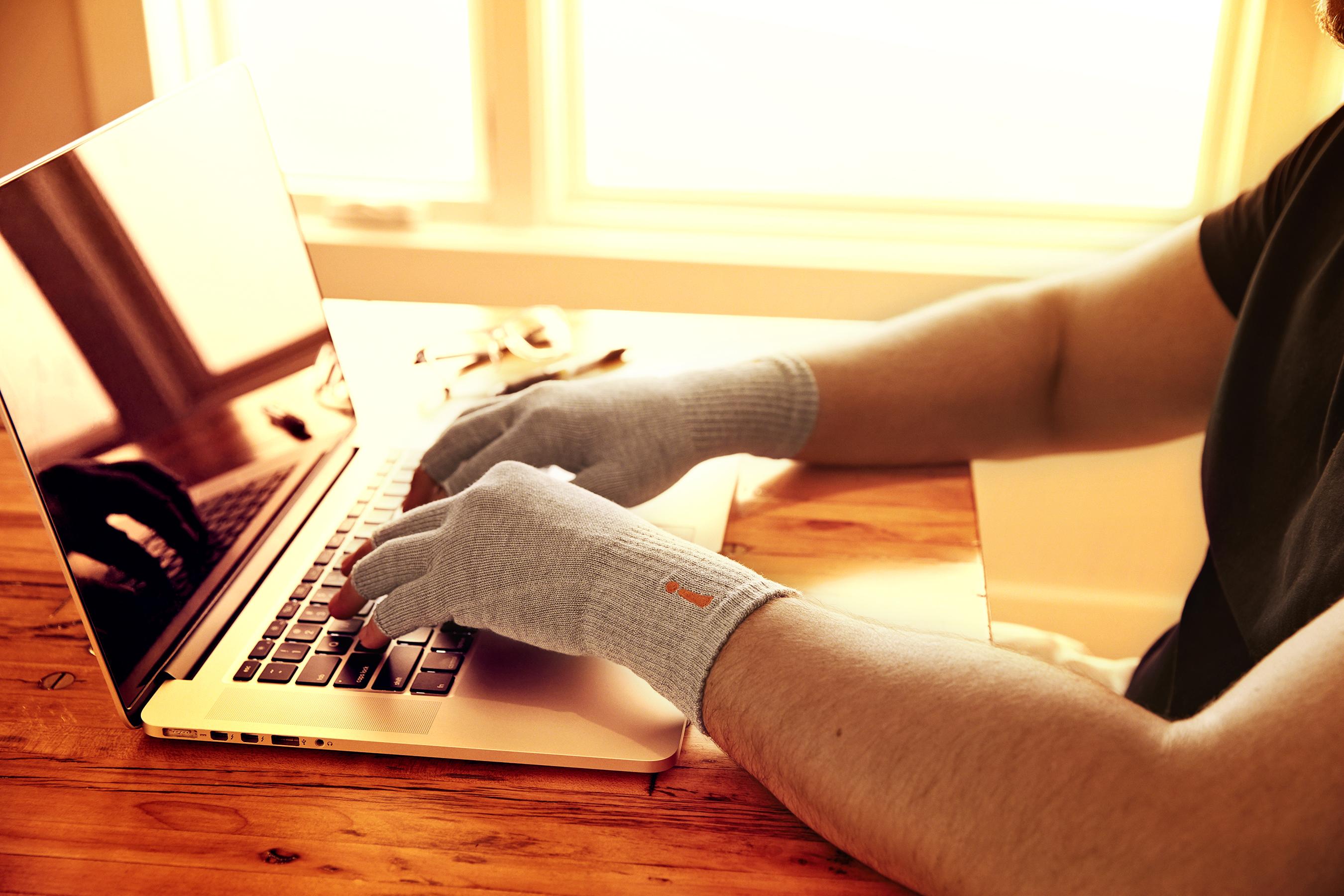 Gloves_0104_V2