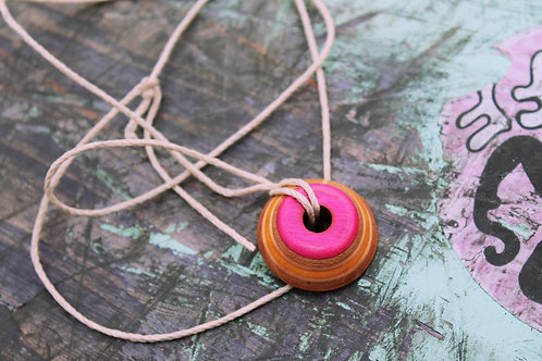 "Skateboard Necklace ""Daybreak Amulet"""