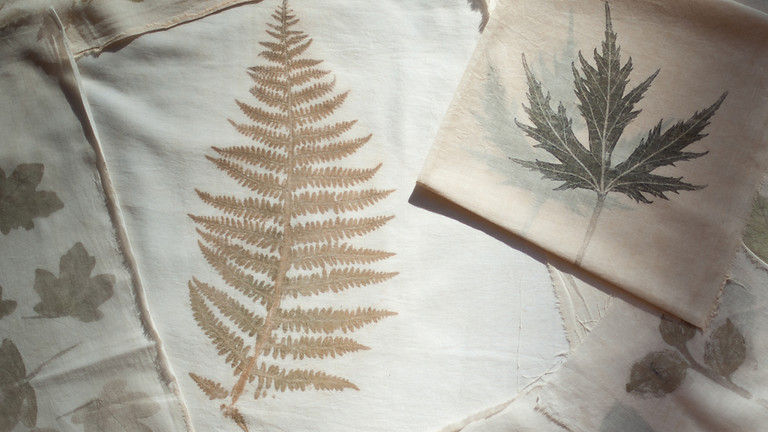 Atelier Tataki-zomé (impression de plantes fraîches sur tissu)
