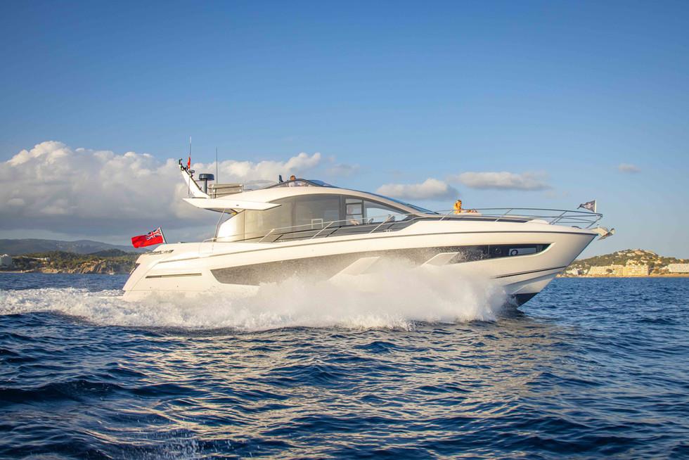 Sunseeker 65 Sport Yacht-202.jpg