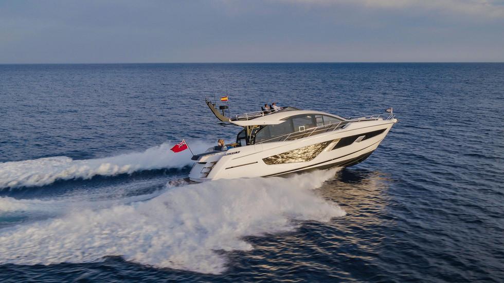 Sunseeker 65 Sport Yacht-201.jpg