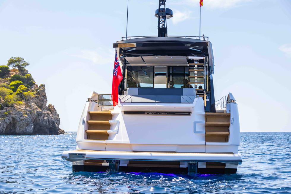 Sunseeker 65 Sport Yacht-39.jpg