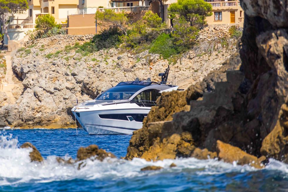 Sunseeker 65 Sport Yacht-42.jpg