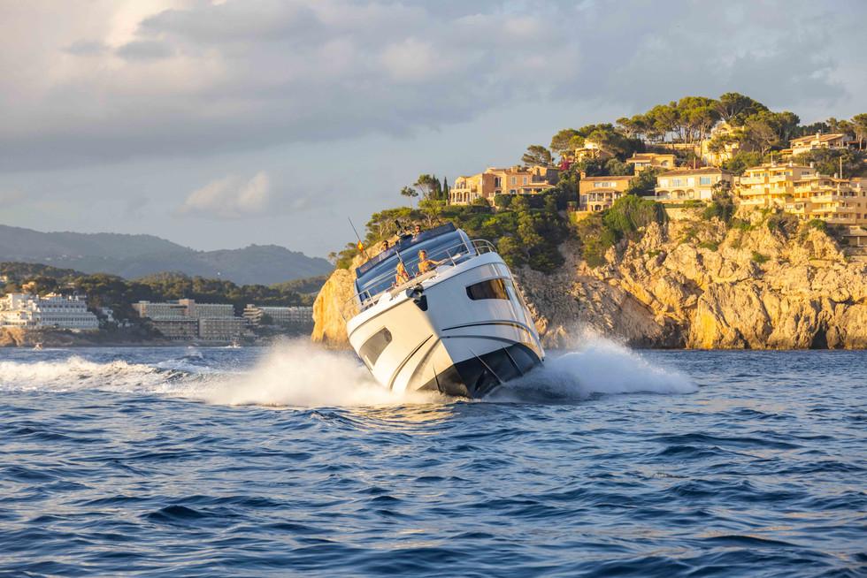 Sunseeker 65 Sport Yacht-215.jpg