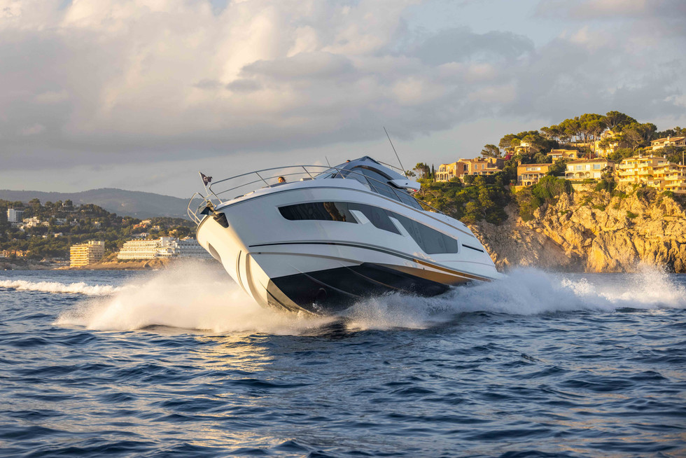 Sunseeker 65 Sport Yacht-216.jpg