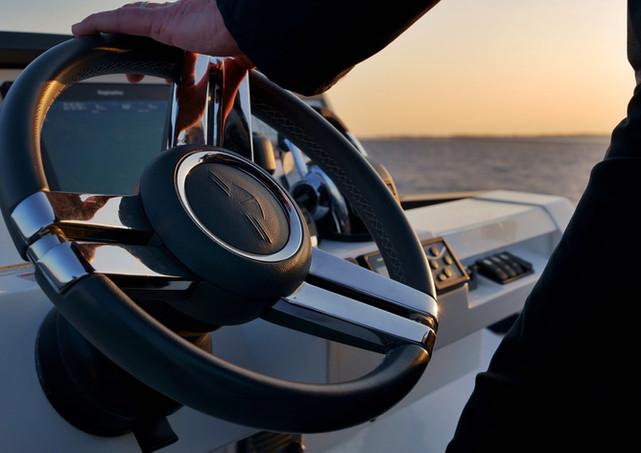 Sealine yacht sunset wheel