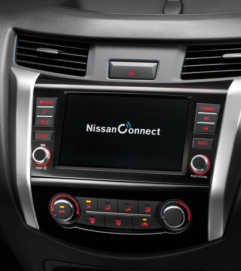 Nissan-Navara-DC-3000x1800-05.jpg