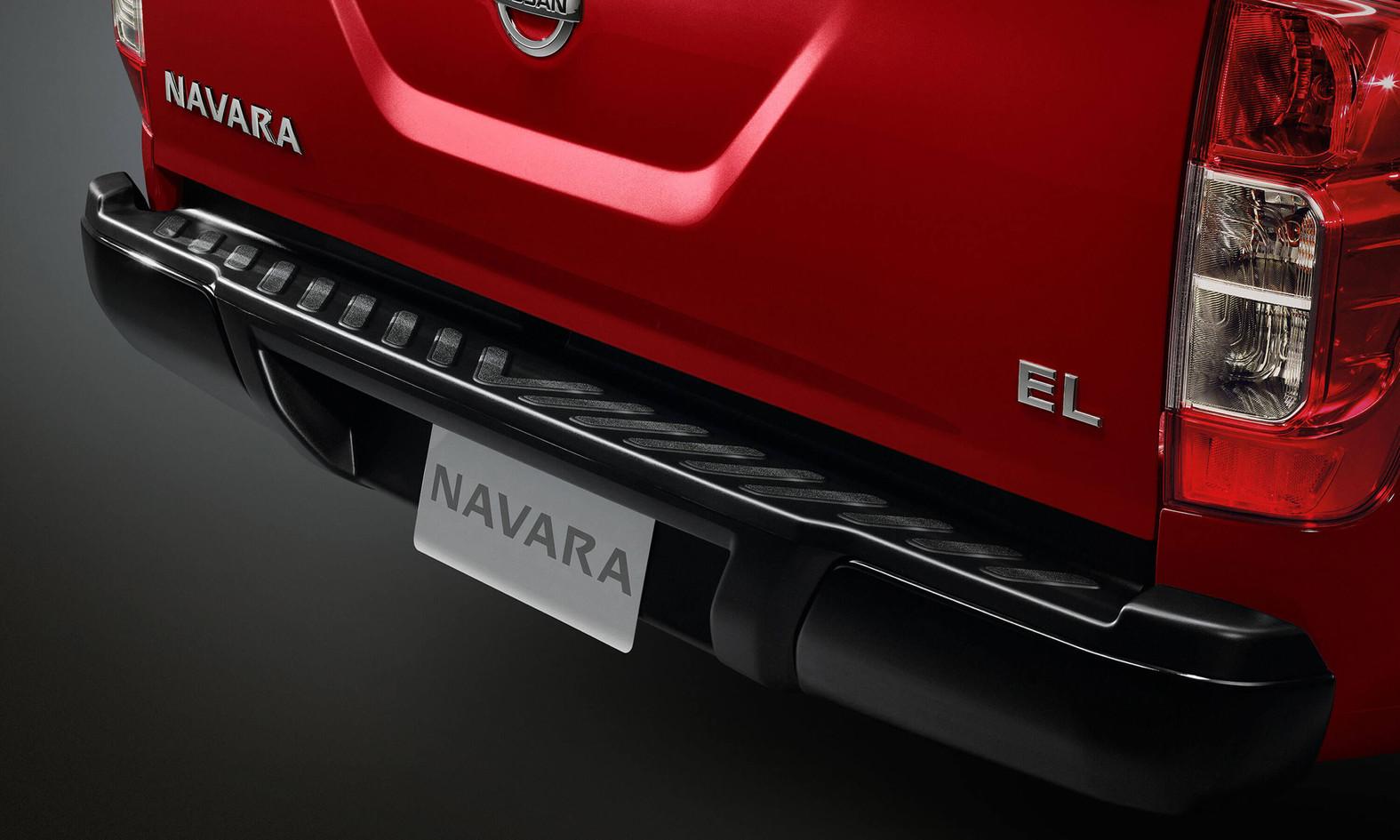 Nissan-Navara-DC-3000x1800-07-01.jpg